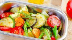 Zeleninové jedlo ratatouille je výbornou voľbou na leto. Ak ho skvelo dochutíte, máte o ľahký obed či večeru postarané.