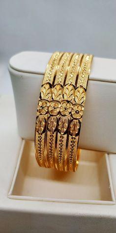 Gold Ring Designs, Gold Bangles Design, Gold Jewellery Design, Gold Bangles For Women, Solid Gold Bangle, Indian Jewelry Sets, Gold Jewelry Simple, Morning Flowers, Ganesh