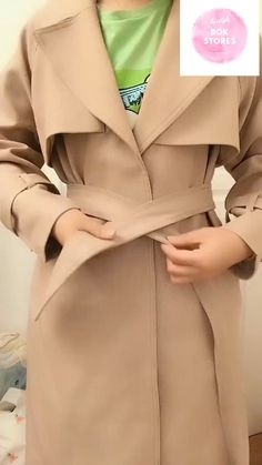 Tie Trench Coat Belt in 20 Stylish WaysYou can find Stylish dresses and more on our website.Tie Trench Coat Belt in 20 Stylish Ways Trench Coat Outfit, Long Trench Coat, Trench Coat Women, Long Coat Outfit, Coat Dress, Winter Trench Coat, Trench Coat Style, Winter Coat Outfits, Winter Outfits Women