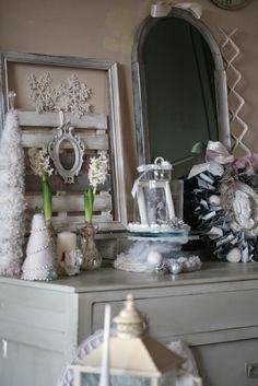 Hobby Shabby Shock: DIY CHRISTMAS DECORATIONS   - my wreath with old x rays!!