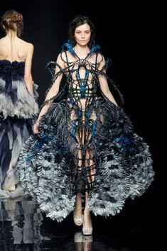 Yiqing Yin F/W 2012, Couture