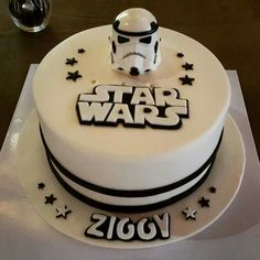 Star wars stormtrooper cake