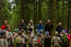 300 Jahre Karlsruhe. 300 Bäume für den Nationalpark Schwarzwald.  Initiert vom Freundeskreis Nationalpark Schwarzwald e.V. wurden gemeinsam mit der Stadt Karlsruhe im Rahmen des 300 jährigen Stadtgeburtstags und der Stadtpatenschaft Karlsruhe für den Nationalpark die ersten der 300 Bäume (Buchen) in der Entwicklungszone des Nationalparks Schwarzwald eingepflanzt. Foto Luis Scheuermann