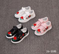 The New Shoes Embroidered Shoes All-match Korean Girls Retro Children Sports Shoes Are Small Red Shoes