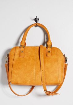 b3db7066ee66 The structured top-handle handbag is gaining becoming our ideal laptop bag  for