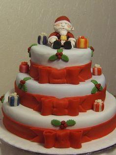 Three tier Christmas cake, via Flickr.