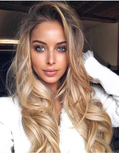Shop Clip In Soft Wave Hair Extension online. SHEIN offers Clip In Soft Wave Hair Extension & more to fit your fashionable needs. Ombré Hair, Lace Hair, Hair Day, Hair Weft, Corte Y Color, Blonde Wig, Icy Blonde, Blonde Shades, Sandy Blonde