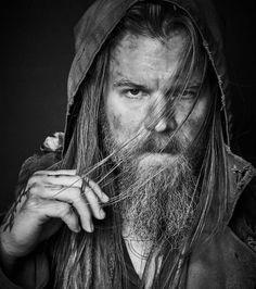 Ryan Hurst (Sons of Anarchy) est au casting de la prochaine saison de The Walking Dead ! Sons Of Anarchy, Ryan Hurst, Celebrity Travel, Celebrity Photos, Outsiders Tv, Remember The Titans, Imaginary Boyfriend, Ryan Guzman, Karl Urban