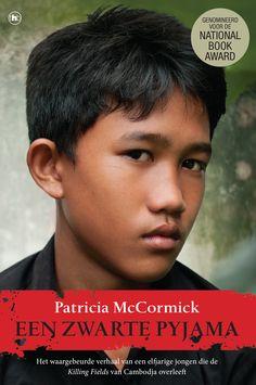 Een zwarte pyjama - Patricia McCormick - The House of Books. Ze dragen een zwarte 'pyjama', de soldaten van de Rode Khmer die in 1975 in Cambodja aan de macht komen. Arn Chorn-Pond is dan elf. Hij wordt weggehaald bij zijn familie en naar een werkkamp gestuurd. In de verzengende hitte zwoegt hij op de rijstvelden en ziet mensen sterven. See more: http://www.thehouseofbooks.com/boeken/non-fictie/patricia-mccormick/een-zwarte-pyjama