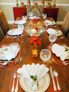 Simple, Sophisticated Table Setting. 25 Ideas --> http://www.hgtv.com/entertaining/20-gorgeous-holiday-table-settings/pictures/page-4.html?soc=pinterest