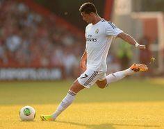 The Rocket Cristiano Ronaldo Rocket Kick Cristano Ronaldo, Kicks, Soccer, Football, Running, Sports, Instagram, June, Boyfriend
