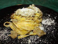 Le #Tagliatelle ai #carciofi e crema di #parmigiano sono un invitante #primo #piatto che vi consiglio di eseguire a breve ...è la stagione adatta.