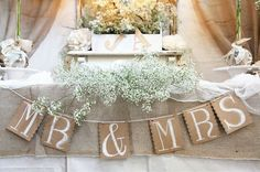 mr + mrs for a sweetheart table