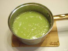 Взбейте блендером суп до однородного состояния. Заправьте готовый суп сливками или сметаной по вкусу. При подаче посыпьте не жареным кунжутом. Приятного аппетита!