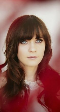 Zooey Deschanel (Love New Girl)