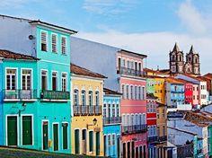 Pelourinho, Salvador, Brésil Tout le quartier a été repeint pour devenir le centre culturel de Salvador de Bahia au Brésil.