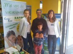La agencia de viajes Zafiro Tours Castalla repartió mojitos gratis. www.castalla.zafirotours.es