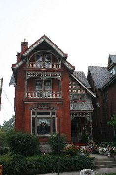 brick victorian Victorian Homes, Vintage Homes, Fairytale Cottage, Exterior Trim, Old Buildings, Old Houses, Brick, Farmhouse, Cabin