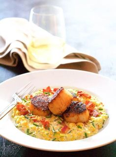 Seared Scallops with Smoky Sweet Corn Puree is a wonderful way to use leftover grilled corn and enjoy an elegant dinner for two at the same time! Corn Recipes, Pureed Food Recipes, Fish Recipes, Seafood Recipes, Healthy Dinner Recipes, Cooking Recipes, Healthy Food, Scallop Dishes, Scallop Recipes