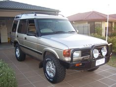 Check out the latest cucinadio's 1998 Land Rover Discovery photos at CarDomain