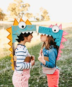 Book Crafts, Fun Crafts, Diy Dinosaur Costume, Used Cardboard Boxes, Cardboard Box Ideas For Kids, Cardboard Play, Cardboard Crafts Kids, Cardboard Animals, Diy Halloween Costumes For Kids
