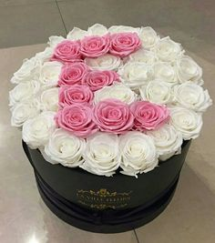 Arrangement with My First Initial Beautiful Bouquet Of Flowers, Fresh Flowers, Beautiful Flowers, Luxury Flowers, Exotic Flowers, Box Roses, Pink Roses, Flower Boxes, My Flower