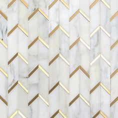 Gatsby effect – a geometric marble tile with brushed brass trim – also f. The Gatsby effect – a geometric marble tile with brushed brass trim – also f., The Gatsby effect – a geometric marble tile with brushed brass trim – also f. Floor Patterns, Wall Patterns, Textures Patterns, Wall Textures, Floor Design, Tile Design, Design Design, Marble Floor, Tile Floor
