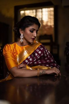 Look out for bridal fashion's latest trend - Retro puff sleeves! Silk Saree Blouse Designs, Saree Blouse Patterns, Fancy Blouse Designs, Bridal Blouse Designs, Blouse Neck Designs, Stylish Blouse Design, Varanasi, Bridal Style, Clothes For Women