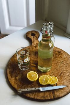 Elderflower lemonade by Babes in Boyland