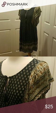 Boho dress from Forever 21 NWT from forver 21 not free people. Smoke and pet free home. Open to offers. Happy Poshing! Free People Dresses