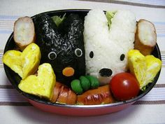 リサとガスパール Japanese Food Art, Japanese Lunch Box, Cute Bento, Edible Art, Cute Food, Fruit Salad, Dishes, Lisa, Angels
