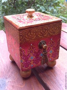 "Купить Короб для кухни ""Марокко"" из коллекции - фуксия, марокко, марокканский стиль, мороко, мароко Jewellery Storage, Jewelry Box, Decoupage Box, Old Boxes, Altered Boxes, Craft Projects, Decorative Boxes, Music Boxes, Crafty"