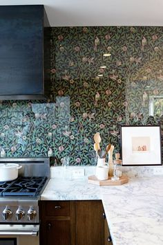 Glass Backsplash Ideas for the Kitchen | Apartment Therapy
