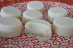 Barfi… petits gâteaux au lait - Cissou Trente-trois - My Ideas Cooking Tips, Cooking Recipes, Indian Sweets, Happy Foods, Cata, Sweet Recipes, Sweet Tooth, Brunch, Food And Drink