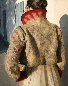 Lisbeth Wahl: scamiciato e giacca bolero - 2010 fantastic!