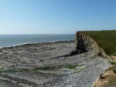 Nash Point Beach In Llantwit Major, Vale of Glamorgan - #dogfriendly beach all year