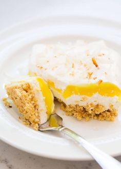 A delicious lemon lasagna dessert filled with layers of crushed golden Oreo's, cream cheese whipped topping, lemon pudding, cool whip and toasted coconut. Crunchy, creamy and light all at the same time!