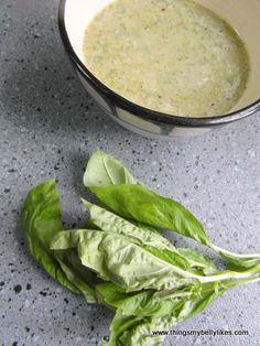 Broccoli, basil and arugula soup