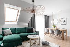 Zielona elegancja - Średni salon z jadalnią z tarasem / balkonem, styl nowoczesny - zdjęcie od Studio Projekt