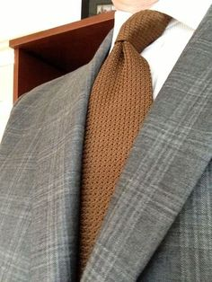 A Sam (and David) Hober Tie Appreciation Thread Grey Suits, Men's Suits, Men's Swag, World Of Fashion, Mens Fashion, Designer Suits For Men, Mens Gear, Knit Tie, Well Dressed Men
