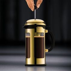 To buy Bodum New Chambord Cafetière 1 L? Give your house some fonQ! - Also evening delivery Chambord, Latte Macchiato, French Press, Coffee Maker, Kitchen Appliances, Delivery, House, Coffee Maker Machine, Diy Kitchen Appliances