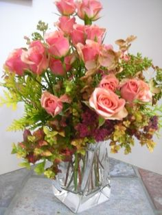 Try supplementing a modest arrangement from your own yard with a few dollars? worth of flowers from the grocery store or florist. The resulting bouquet is practically guaranteed to elicit admiratio.