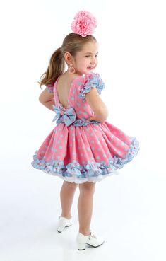 Little Girl Fashion, Toddler Fashion, Kids Fashion, Womens Fashion, Flower Dresses, Pretty Dresses, Flamenco Costume, Spain Fashion, Harajuku