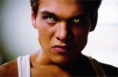 Maybe ༐ ᵗᵉᵉⁿ ʷᵒˡᶠ Teen Wolf Memes, Teen Wolf Mtv, Teen Wolf Boys, Dylan Sprayberry, Actors Male, Actors & Actresses, Werewolf Eyes, Meninos Teen Wolf, Teen Wolf Seasons
