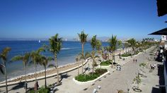 A stroll along the new Malecon in Puerto Vallarta