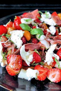 Vegan Gains, Good Food, Yummy Food, Soup And Salad, Vegan Recipes, Food And Drink, Favorite Recipes, Mozzarella, Dinner