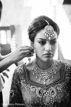 Getting Ready http://maharaniweddings.com/gallery/photo/19526