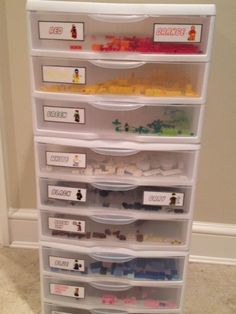Lego organization courtesy of printed labels from another user off Pinterest.