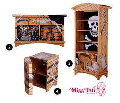 My son\'s Pirate Bedroom. Hubby made Ships wheel headboard and tiki ...