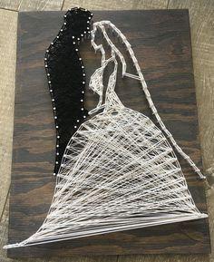 Bride and Groom String art individuelle Geschenke The post Bride and Groom String art appeared first on Hochzeitsgeschenk ideen. String Art Diy, String Art Tutorials, String Crafts, String Art Patterns, Wedding String Art, Arte Linear, Diy And Crafts, Arts And Crafts, Art Crafts